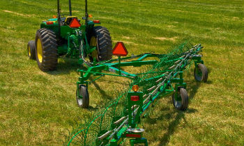 JohnDeere-WheelRakes-WR41-Series.jpg