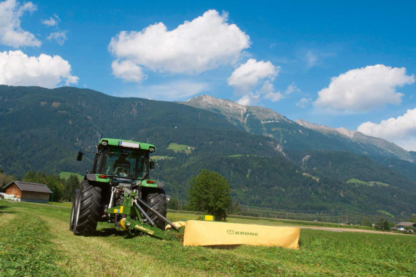 Krone | Rear-mounted disc mowers ActiveMow | Model ActiveMow R 200 for sale at Columbus, Elmer, Marlboro, Hammonton, Columbia, NJ