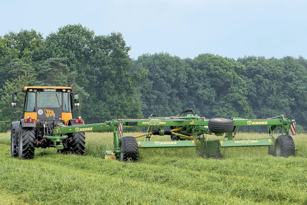 Krone EasyCut 6210 CV for sale at Columbus, Elmer, Marlboro, Hammonton, Columbia, NJ