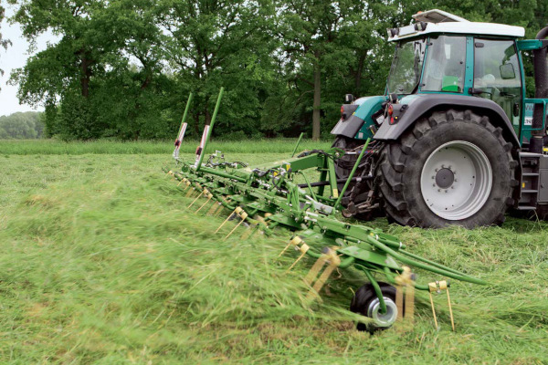 Krone KW 8.82 / 8 Rotary Tedder for sale at Columbus, Elmer, Marlboro, Hammonton, Columbia, NJ