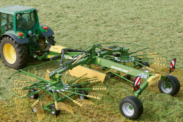 Krone | Twin Rotor Centre Delivery Rakes | Model Swadro TC 760 Plus for sale at Columbus, Elmer, Marlboro, Hammonton, Columbia, NJ