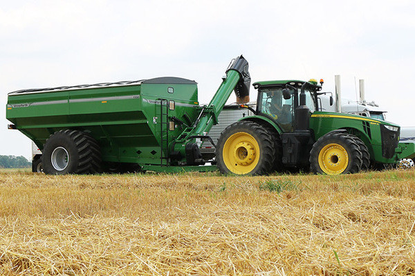 Unverferth | 20 Series Dual-Auger Grain Carts | Model 1120 for sale at Columbus, Elmer, Marlboro, Hammonton, Columbia, NJ