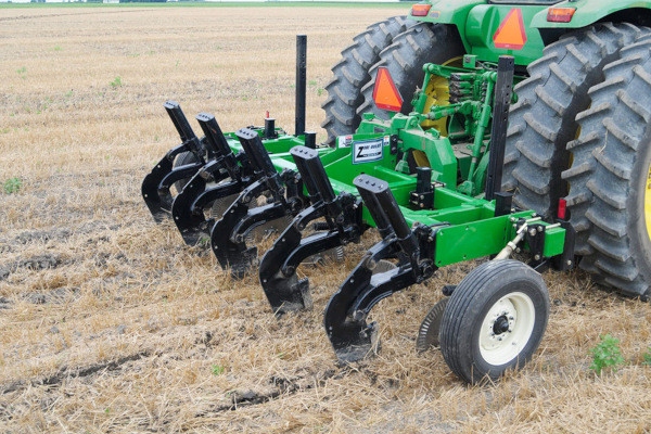 Unverferth | Zone-Builder® Subsoiler | Model 122 Spring-Cushioned Reset for sale at Columbus, Elmer, Marlboro, Hammonton, Columbia, NJ