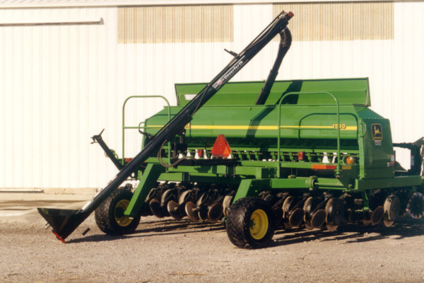 Unverferth | Augers | Model Drill and Planter Fills for sale at Columbus, Elmer, Marlboro, Hammonton, Columbia, NJ