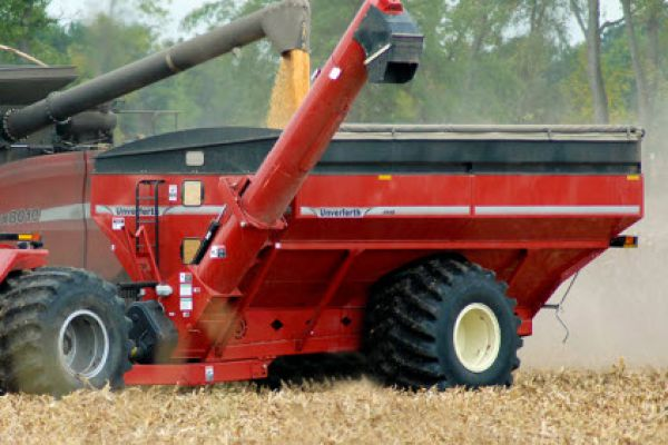 Unverferth | 20 Series Dual-Auger Grain Carts | Model 1110 for sale at Columbus, Elmer, Marlboro, Hammonton, Columbia, NJ